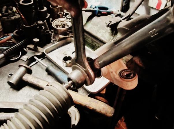 Ремонт рулевого управления Тойота